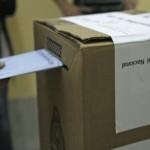 Voluntarios sin filiación partidaria participan de las PASO para asegurar la transparencia electoral