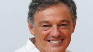 Francisco-Cabrera-nuevo-ministro-Produccion_CLAIMA20151125_0366_39